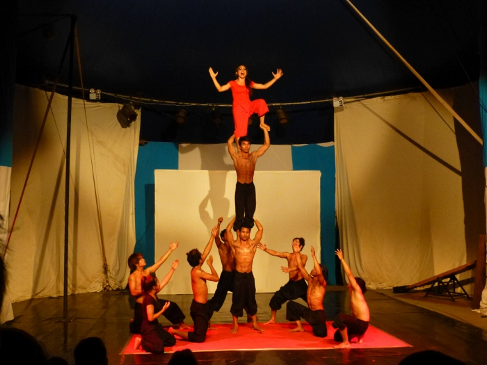 Battambang Zirkus Eclipse